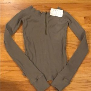NWT Free People olive green l/s shirt